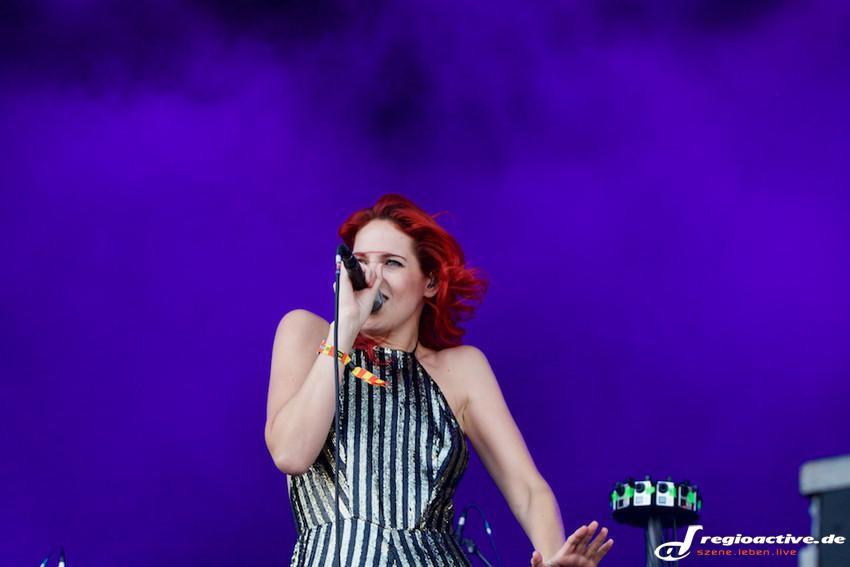 MS MR (live beim Lollapalooza 2015 in Berlin)