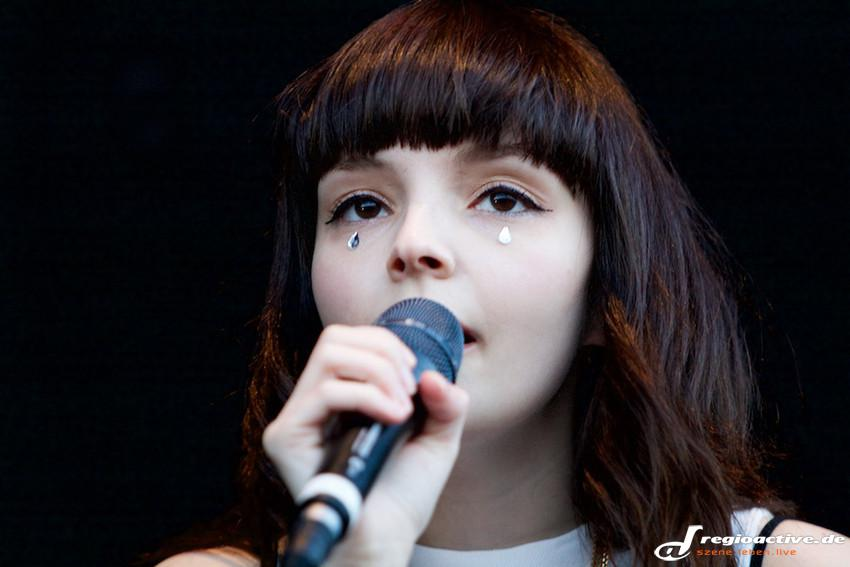 Chvrches (live beim Lollapalooza 2015 in Berlin)
