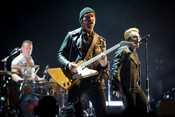 Fotos: U2 live in der Mercedes-Benz Arena in Berlin